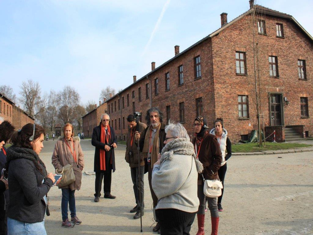 Mohammed Dajani with the group of Palestinian students at Auschwitz in March 2014.