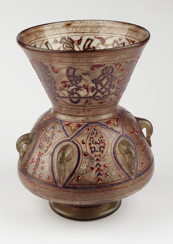 135b-jerusalem-mosque-lamp-of-sultan-barquq-300